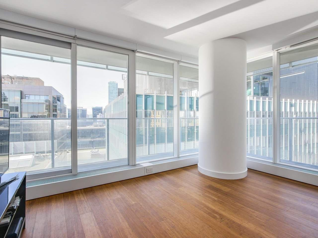 Main Photo: 2006 777 RICHARDS STREET in Vancouver: Downtown VW Condo for sale (Vancouver West)  : MLS®# R2184855