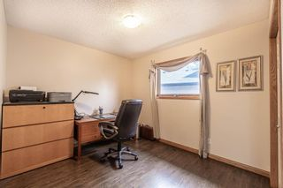 Photo 15: 8 Evergreen Heights SW in Calgary: Evergreen Detached for sale : MLS®# A1102790