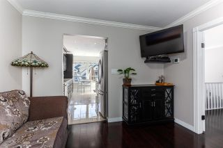 """Photo 11: 8469 PORTSIDE Court in Vancouver: South Marine Townhouse for sale in """"Riverside Terrace"""" (Vancouver East)  : MLS®# R2543365"""