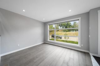 Photo 12: 5031 23 Avenue NW in Calgary: Montgomery Semi Detached for sale : MLS®# A1136708