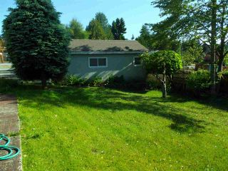 Photo 4: 8905 RUSSELL Drive in Delta: Nordel House for sale (N. Delta)  : MLS®# R2375818