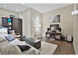 """Photo 16: 520 ST GEORGES Avenue in North Vancouver: Lower Lonsdale Townhouse for sale in """"STREAMLINE PLACE"""" : MLS®# V1067178"""