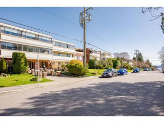 """Photo 34: 202 1448 FIR Street: White Rock Condo for sale in """"The Dorchester"""" (South Surrey White Rock)  : MLS®# R2559339"""