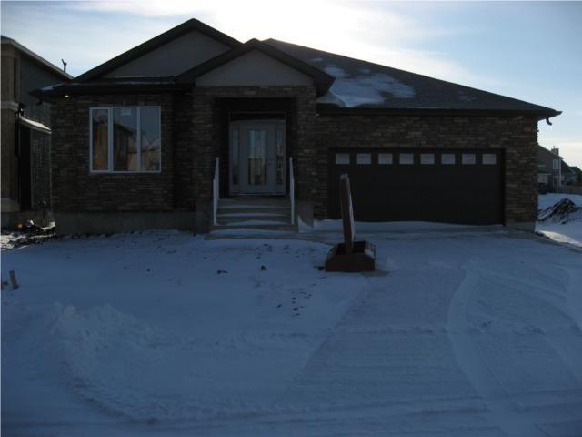 Main Photo: 137 Marine Drive in Winnipeg: Residential for sale : MLS®# 1000013