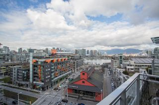 """Photo 6: 1201 88 W 1ST Avenue in Vancouver: False Creek Condo for sale in """"The One"""" (Vancouver West)  : MLS®# R2460479"""