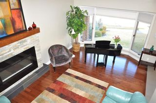 Photo 15: 7067 EDGEMONT Drive NW in Calgary: Edgemont House for sale : MLS®# C4143123