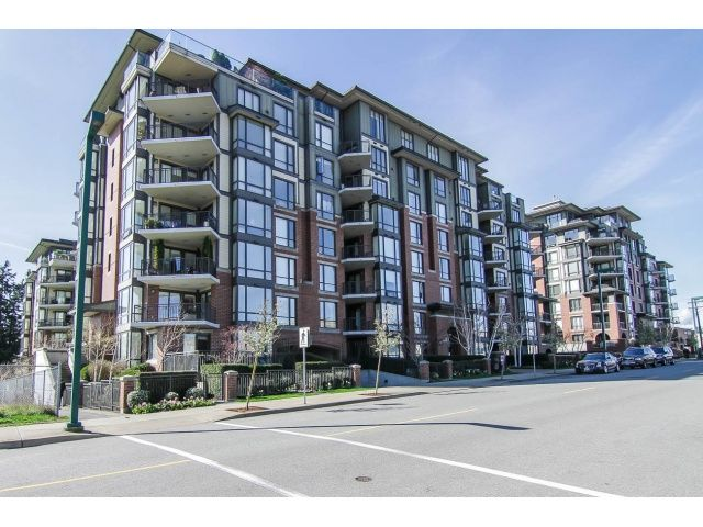 """Main Photo: 205 1551 FOSTER Street: White Rock Condo for sale in """"Sussex House"""" (South Surrey White Rock)  : MLS®# F1407910"""