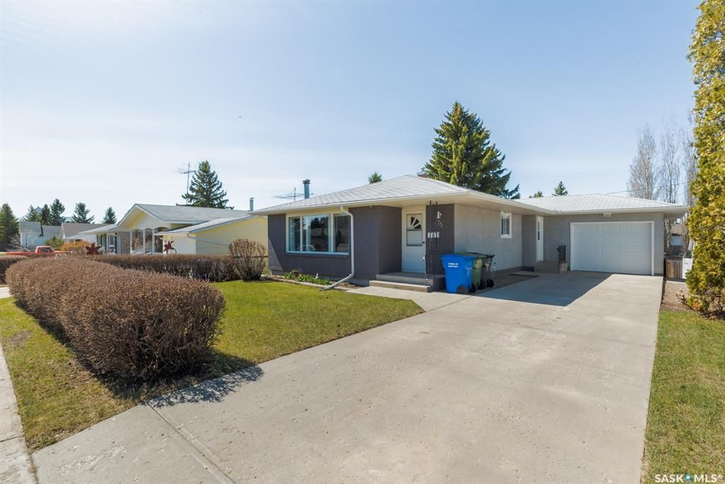 Main Photo: 275 Browning Street in Southey: Residential for sale : MLS®# SK852175