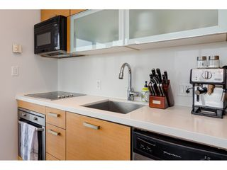 """Photo 11: 2504 10777 UNIVERSITY Drive in Surrey: Whalley Condo for sale in """"City Point"""" (North Surrey)  : MLS®# R2539376"""