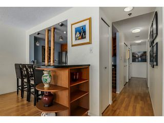 Photo 6: # 1203 238 ALVIN NAROD ME in Vancouver: Yaletown Condo for sale (Vancouver West)  : MLS®# V1122402