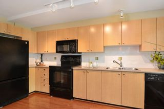"Photo 5: 34 15233 34 Avenue in Surrey: Morgan Creek Townhouse for sale in ""SUNDANCE"" (South Surrey White Rock)  : MLS®# R2186571"