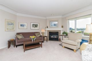 Photo 6: 112 55 Songhees Rd in : VW Songhees Condo for sale (Victoria West)  : MLS®# 876548