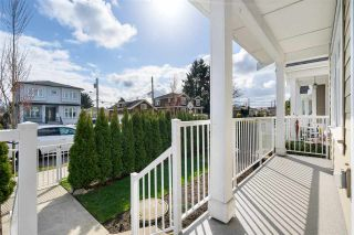 Photo 2: 5657 KILLARNEY Street in Vancouver: Collingwood VE Townhouse for sale (Vancouver East)  : MLS®# R2560902