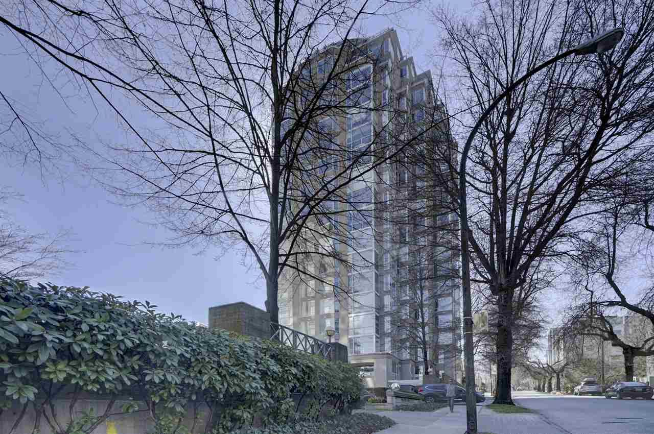 """Main Photo: 1505 2668 ASH Street in Vancouver: Fairview VW Condo for sale in """"CAMBRIDGE GARDENS"""" (Vancouver West)  : MLS®# R2354882"""