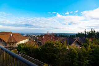 "Photo 19: 66 55 HAWTHORN Drive in Port Moody: Heritage Woods PM Townhouse for sale in ""COBALT SKY"" : MLS®# R2561206"