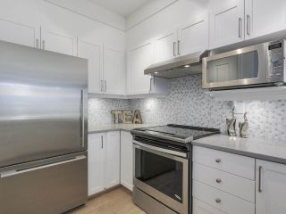 """Photo 10: 302 5605 HAMPTON Place in Vancouver: University VW Condo for sale in """"The Pemberley"""" (Vancouver West)  : MLS®# R2263786"""