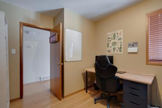 Photo 13: 2232 Langriville Drive SW in Calgary: North Glenmore Park Detached for sale : MLS®# A1068440