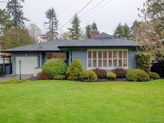 Photo 1: 2526 Kilgary Pl in VICTORIA: SE Cadboro Bay House for sale (Saanich East)  : MLS®# 783121