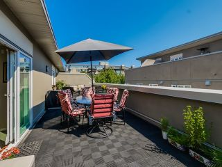 Photo 2: 401 2181 12TH AVENUE in Vancouver West: Home for sale : MLS®# R2000341