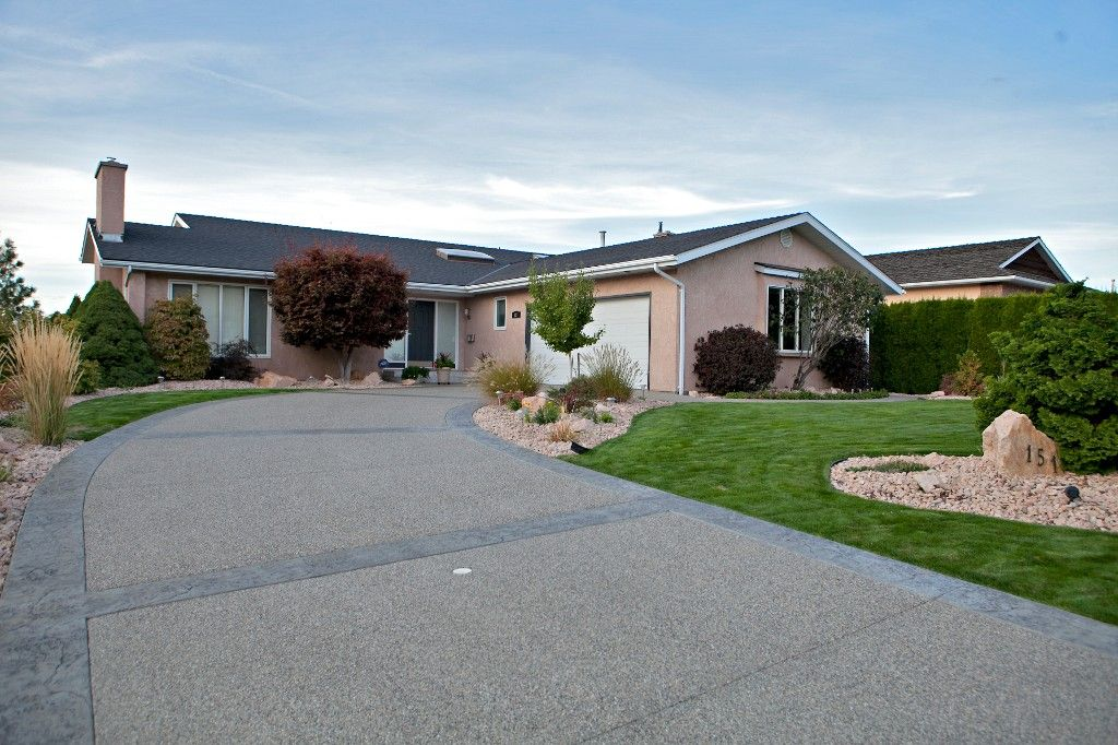 Main Photo: 151 Westview Drive in Penticton: Residential Detached for sale : MLS®# 139792