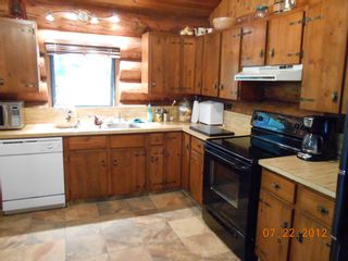 Photo 7: 7635 Mountain Drive in Anglemont: North Shuswap House for sale (Shuswap)  : MLS®# 10051750