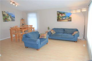 Photo 2: 47 Forest Lake Drive in Winnipeg: Waverley Heights Residential for sale (1L)  : MLS®# 1831974