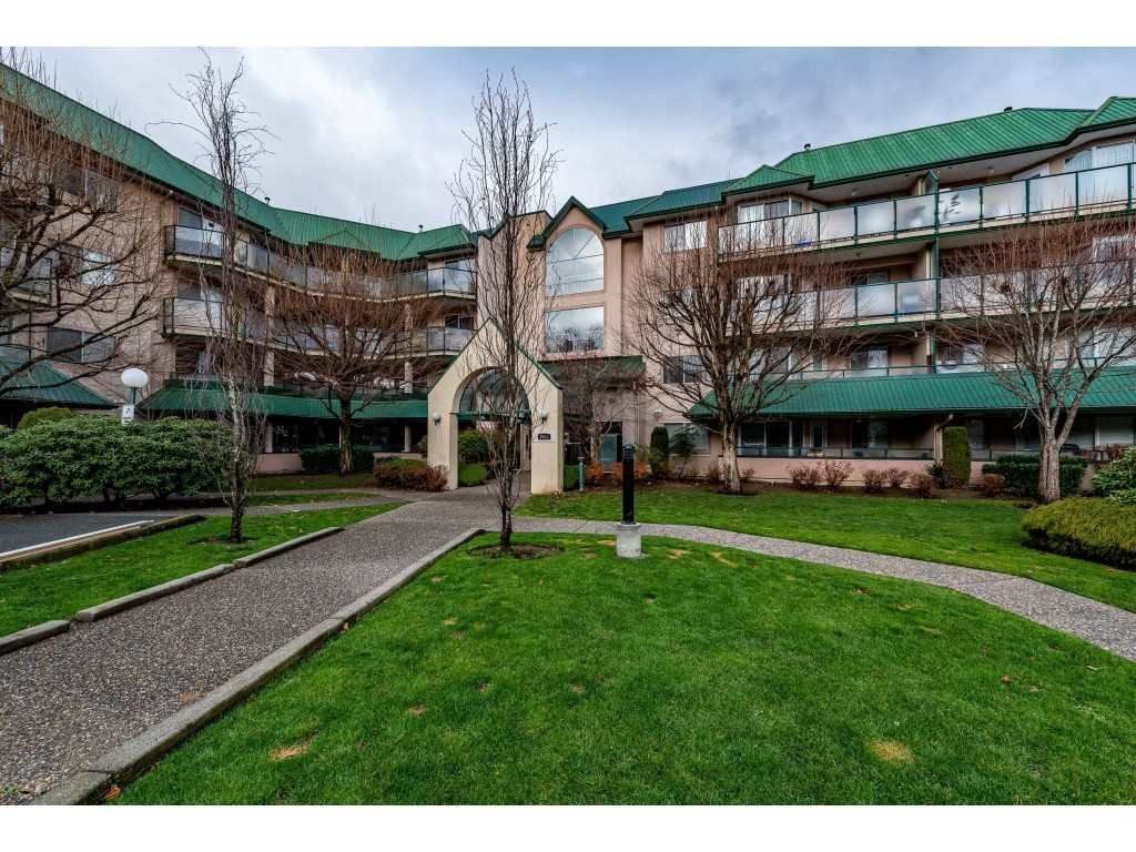 "Main Photo: 109 2964 TRETHEWEY Street in Abbotsford: Abbotsford West Condo for sale in ""Cascade Green"" : MLS®# R2421944"