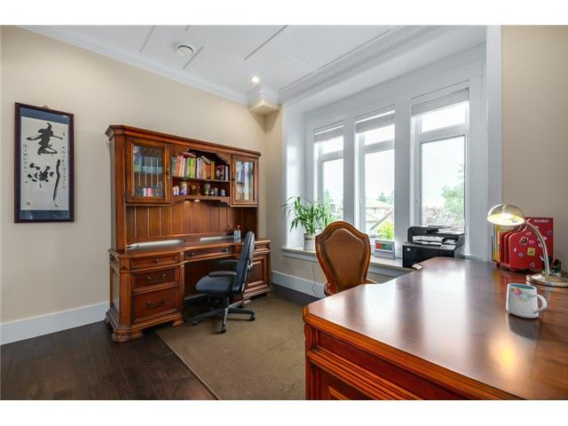 Photo 9: Photos: 4791 CLINTON ST in Burnaby: South Slope House for sale (Burnaby South)  : MLS®# V1084047
