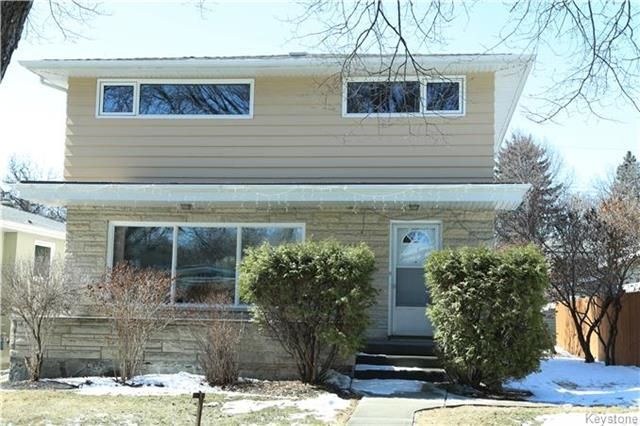 Main Photo: 829 Montrose Street in Winnipeg: River Heights South Residential for sale (1D)  : MLS®# 1808199
