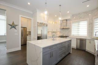 Photo 10: 5032 WALKER Avenue in Delta: Pebble Hill House for sale (Tsawwassen)  : MLS®# R2433027