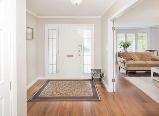 Photo 3: 5671 JASKOW Drive in Richmond: Lackner House for sale : MLS®# R2188267