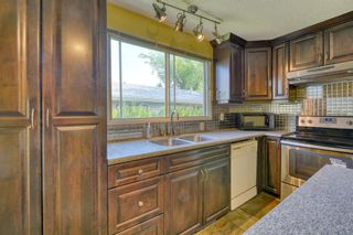 Photo 14: 240 Scenic Way NW in Calgary: Scenic Acres Detached for sale : MLS®# A1125995