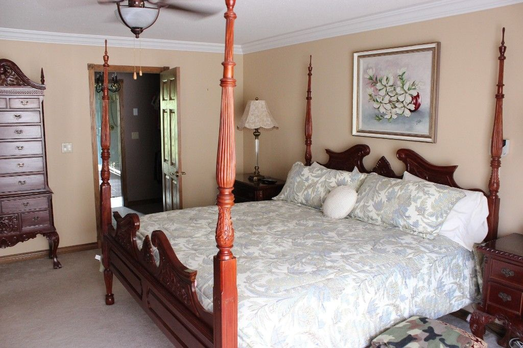 Photo 11: Photos: 3572 Navatanee Drive in Kamloops: Campbell Creek/Del Oro House for sale : MLS®# 125403