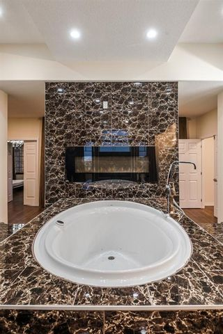 Photo 32: 5 ELVEDEN SW in Calgary: Springbank Hill Detached for sale : MLS®# A1046496