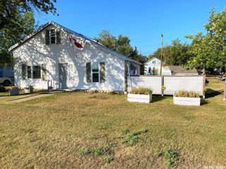 Main Photo: 1010 Railway Avenue in Elbow: Residential for sale : MLS®# SK850642