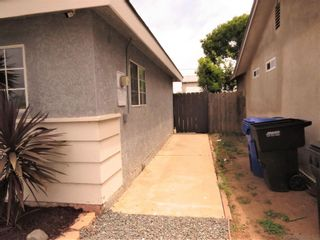Photo 10: SOUTH SD House for sale : 3 bedrooms : 1441 Thermal Ave in San Diego