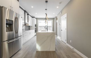 Photo 14: 7924 84 Avenue in Edmonton: Zone 18 House for sale : MLS®# E4227873