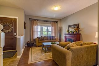 Photo 2: 160 CLYDESDALE Way: Cochrane House for sale : MLS®# C4137001