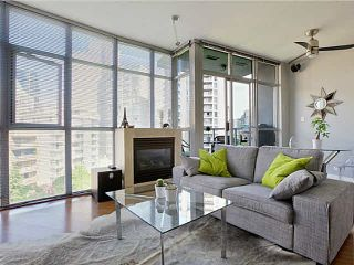 """Photo 2: 705 1050 SMITHE Street in Vancouver: West End VW Condo for sale in """"STERLING"""" (Vancouver West)  : MLS®# R2133078"""