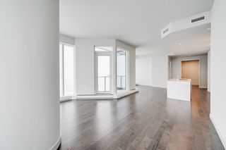 Photo 4: 4501 10360 102 Street NW: Edmonton Condo for sale
