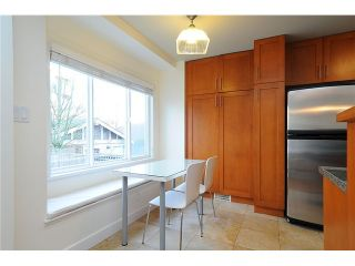 """Photo 9: 4472 QUEBEC Street in Vancouver: Main House for sale in """"MAIN STREET"""" (Vancouver East)  : MLS®# V1037297"""