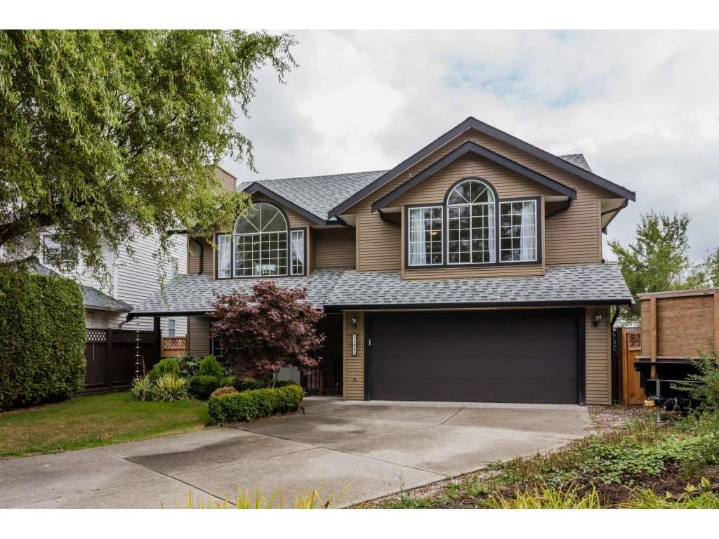 Main Photo: 21668 50B AVENUE in Langley: Murrayville House for sale : MLS®# R2209180