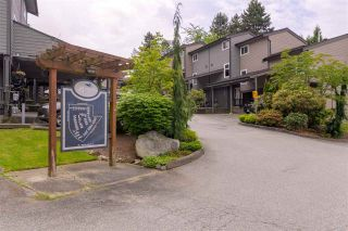 """Photo 2: 287 BALMORAL Place in Port Moody: North Shore Pt Moody Townhouse for sale in """"BALMORAL PLACE"""" : MLS®# R2378595"""