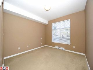 Photo 7: 105 2068 SANDALWOOD Crest in Abbotsford: Central Abbotsford Condo for sale : MLS®# F1222043