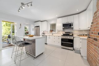 Main Photo: 3993 PERRY Street in Vancouver: Knight House for sale (Vancouver East)  : MLS®# R2594805