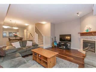 """Photo 5: 132 2000 PANORAMA Drive in Port Moody: Heritage Woods PM Townhouse for sale in """"MOUNTAINS EDGE"""" : MLS®# R2223784"""