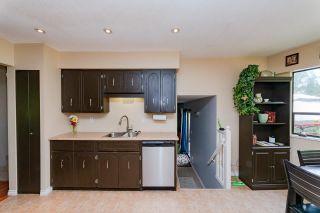 "Photo 3: 21225 DOUGLAS Avenue in Maple Ridge: Northwest Maple Ridge House for sale in ""The Orchard"" : MLS®# R2578046"