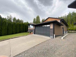 Photo 3: 7825 ST THOMAS Place in Prince George: St. Lawrence Heights House for sale (PG City South (Zone 74))  : MLS®# R2592140