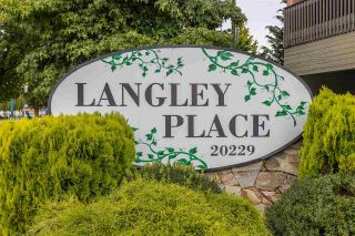 "Photo 3: 18 20229 FRASER Highway in Langley: Langley City Condo for sale in ""Langley Place"" : MLS®# R2489636"