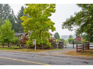 Photo 3: 5431 240 Street in Langley: Salmon River House for sale : MLS®# R2497881